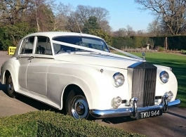 Classic White Rolls Royce for weddings in London